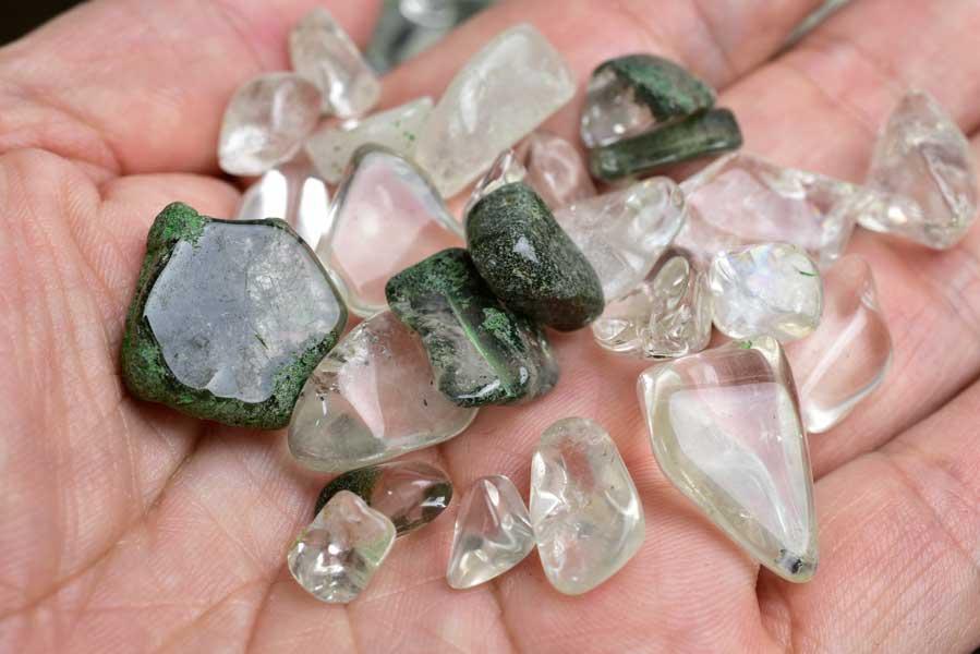 ガネーシュヒマール ヒマラヤ水晶 ネパール Ganesh Himal さざれ クリスタル 浄化 インテリア オルゴナイト レジン 天然石 パワーストーン